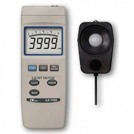 Thiết bị đo cường độ ánh sáng Lutron LX-1102